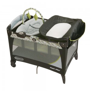 Graco Pack 'n Play with Newborn Napper Station