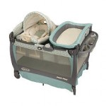 Graco Pack 'n Play with Cuddle Cove Rocking Seat Play Yard